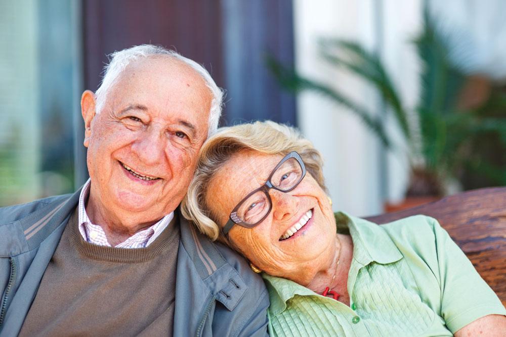 Older Adult Couple Enjoying the Charter Senior Living Lifestyle